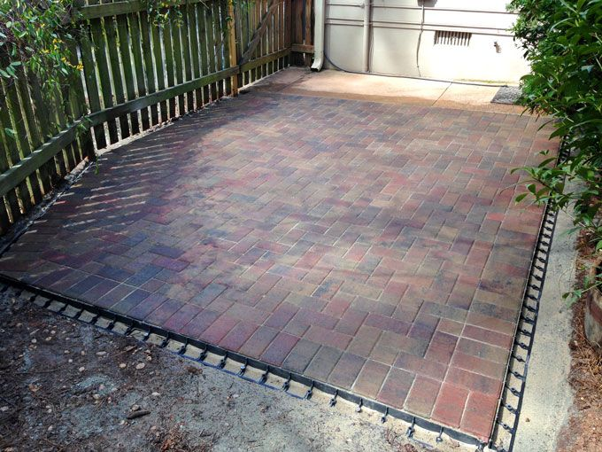 paver patio with edging