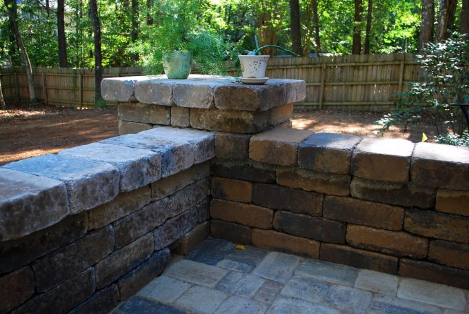 patio seat wall with columns