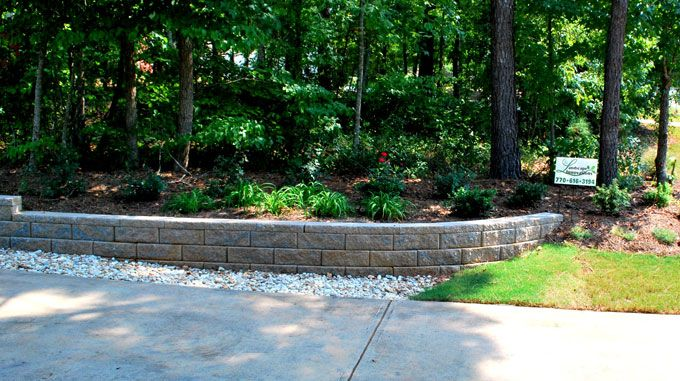 """6"""" block reatining wall in """"rock blend"""" color"""