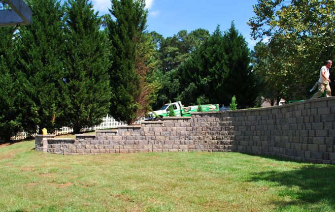 curved large block retaining wall